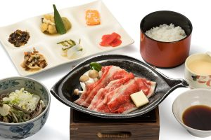 Japanese beef set (grilled on a ceramic plate)