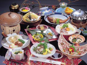 癒し手びねり作陶体験と常春の知多・日間賀島