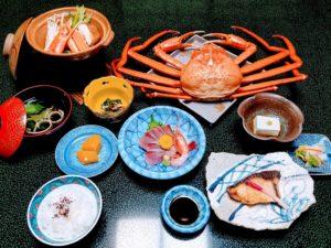"""新湊・老舗料亭『三角』で味わう名物""""蒸し蟹"""""""