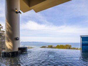高速バス 高山~高岡線利用!<br>富山湾の絶景!雨晴温泉 磯はなび 日帰り昼食&入浴ツアー