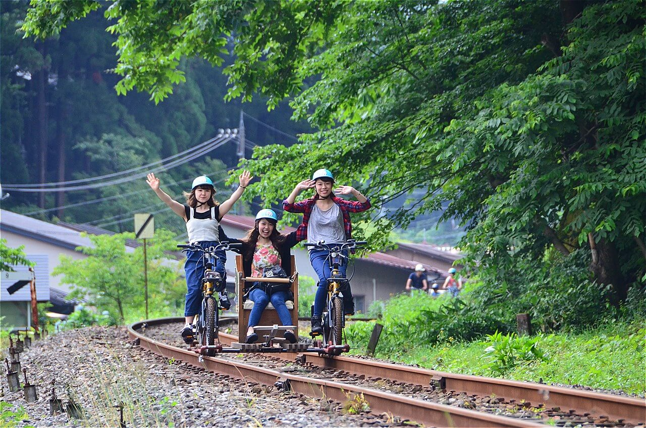 Rail Mountain Bike Gattan Go!! & Shinhotaka Ropeway Course C