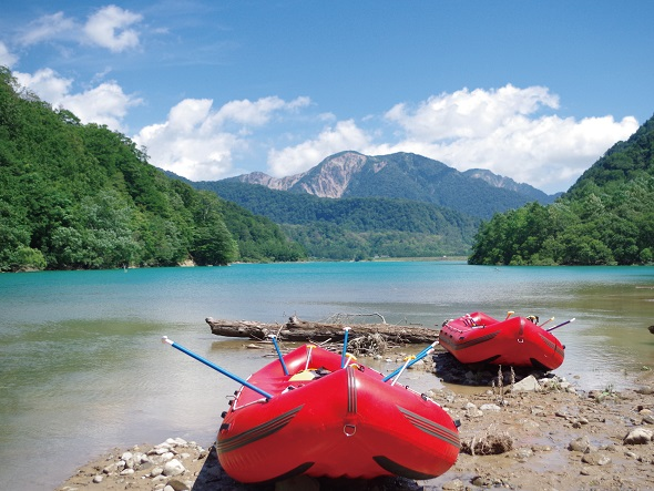 Row out to the emerald green lake!  Hakusuiko Lake Raft boat cruise